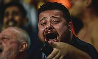 RIO DE JANEIRO, RJ, 26.07.2017 – BOTAFOGO-ATLÉTICO MG – Torcedor do Botafogo emocionado, após a classificação, durante o segundo confronto válido pela Copa do Brasil 2017, no estádio Nilton Santos, zona norte da cidade do Rio de Janeiro, na noite desta quarta-feira (26). ((Foto: Jayson Braga/Brazil Photo Press)