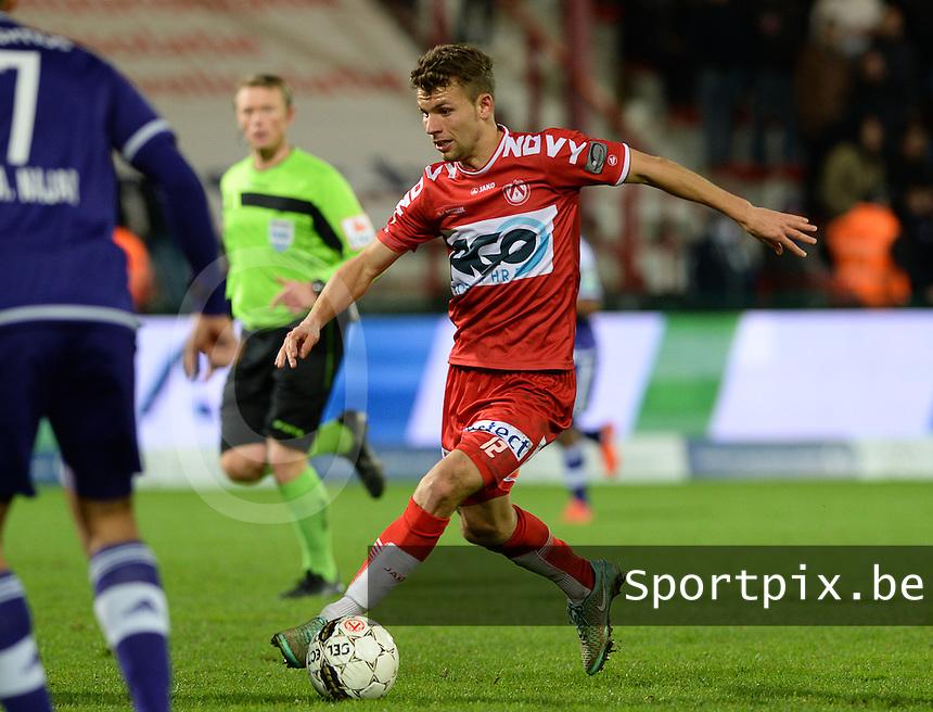KV Kortrijk - RSC Anderlecht : Lukas Van Eenoo <br /> Foto VDB / Bart Vandenbroucke
