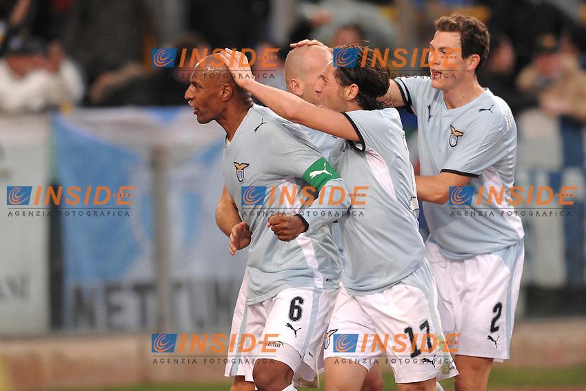 """Ousmane DAbo Lazio celebrates scoring..Esultanza di Dabo dopo il gol..Roma 23/10/2008 Stadio """"Olimpico"""" ..Campionato Italiano Serie A 2008/2009..Lazio Genoa (1-1)..Foto Andrea Staccioli Insidefoto"""