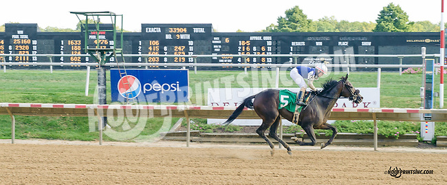 Roman Magic winning at Delaware Park on 9/19/15