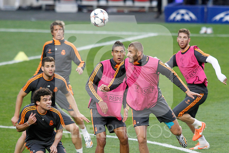 Real Madrid's Pepe, Nacho Fernandez, Fabio Coentrao, Raphael Varane, Karim Benzema and Sergio Ramos during training session previous to the UEFA Champions League 2013/2014 Final match.May 23,2014. (ALTERPHOTOS/Acero)