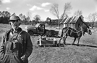 Fourche Valley, Arkansas, U.S.A, December, 1980. America severly marked by the recession. Mr Roc Mc Tigert, 80 , uses his old horse for transportation and field plowing since the gas price is very high.