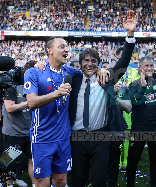 Chelsea's John Terry with Antonio Conte during the Premier League match at Stamford Bridge Stadium, London. Picture date: May 18th, 2017. Pic credit should read: David Klein/Sportimage