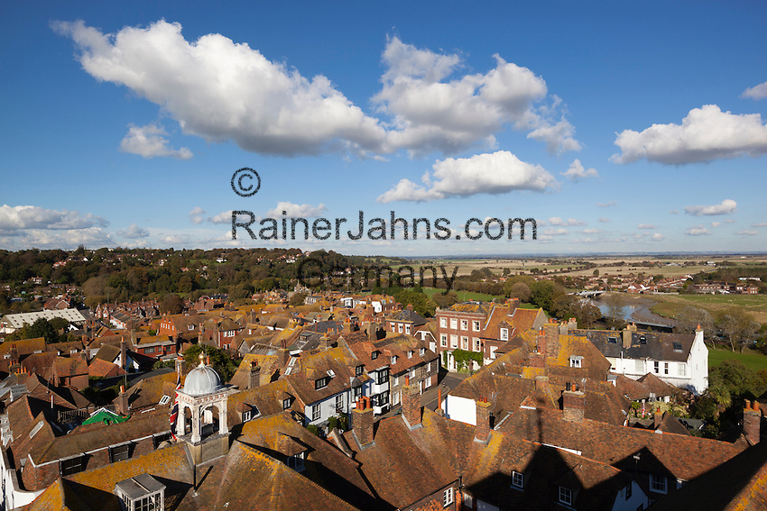 Great Britain, England, East Sussex, Rye: View over roof tops and Romney Marsh from tower of the Church of St Mary the Virgin | Grossbritannien, England, East Sussex, Rye: Blick ueber die Daecher der Stadt und Romney Marsh vom Turm der Church of St. Mary the Virgin