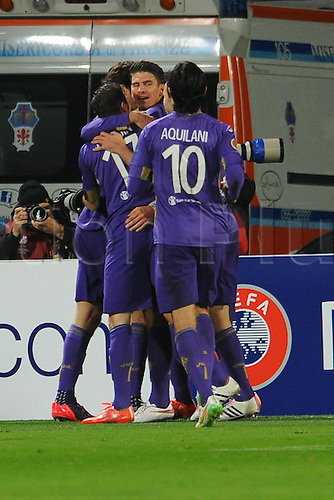 26.02.2015.  Florence, Italy. Europa League Football. Fiorentina versus Tottenham Hotspur. Fiorentina's Mario Gomez celebrates after he scored the goal for 1-0