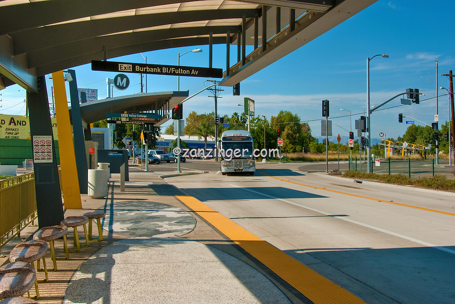 Metro Orange Line, Rapid Transit, Bus line, San Fernando Valley, Los Angeles, CA, Los Angeles County,  MTA, Metropolitan Transportation Authority