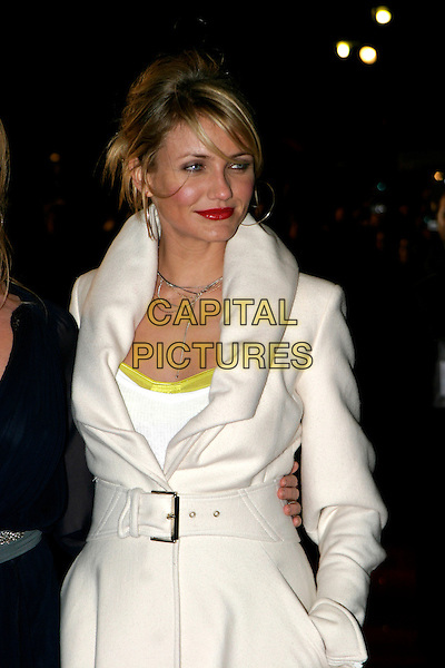 "CAMERON DIAZ.""In Her Shoes"" - UK film premiere, Empire Leicester Square, London, UK..November 7th, 2005.Ref: AH.half length white coat.www.capitalpictures.com.sales@capitalpictures.com.© Capital Pictures."