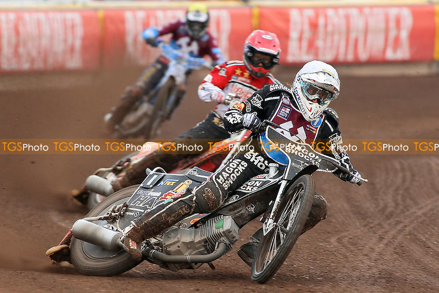 Heat 1: Chris Holder (white) ahead of Nicki Pedersen (red) and Kauko Nieminen - Peterborough Panthers vs Lakeside Hammers - Elite League Speedway at the Showground, Peterborough - 18/07/11 - MANDATORY CREDIT: Gavin Ellis/TGSPHOTO - Self billing applies where appropriate - 0845 094 6026 - contact@tgsphoto.co.uk - NO UNPAID USE.