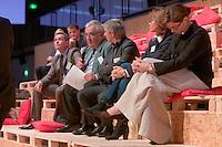 De gauche a droite : Thierry BOTTARD, Pierre-Michel BOUCHARD, Jean-Francois RENAC, Corine DENUET - Responsables des congres des ville de Saint-Malo, Quebec, Nantes - et Verushka BECQUART - tourisme d'affaire a Atout-France