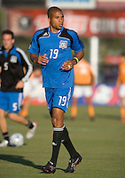 22 May 2008: Ryan Johnson of the Earthquakes in action during the game against the Dynamo at Buck Shaw Stadium in San Jose, California.   San Jose Earthquakes defeated Houston Dynamo, 2-1.
