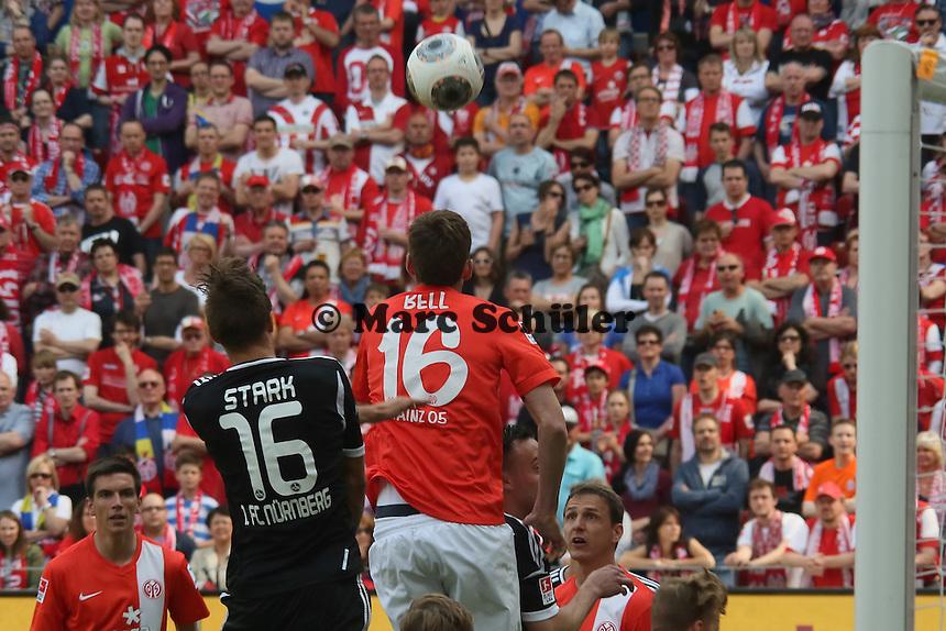 Niklas Stark (Nürnberg) gegen Stefan Bell (Mainz) - 1. FSV Mainz 05 vs. 1. FC Nürnberg, Coface Arena,