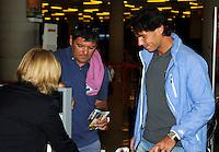 RAFA NADAL EN EL AEROPUERTO DE MALLORCA ACOMPAÑADO POR SU TIO Y ENTRENADOR TONY NADAL. /©NortePhoto