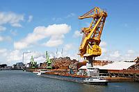 Nederland  Rotterdam - 2017. Haven van Rotterdam. Schip met schroot wordt gelost.  Foto Berlinda van Dam / Hollandse Hoogte