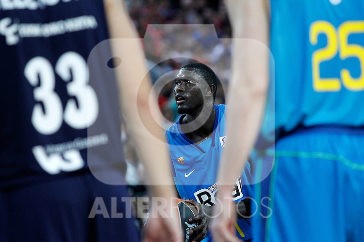 FC Barcelona Regal's Boniface Ndong during Supercopa ACB Final match.October 1,2011. (ALTERPHOTOS/Acero)