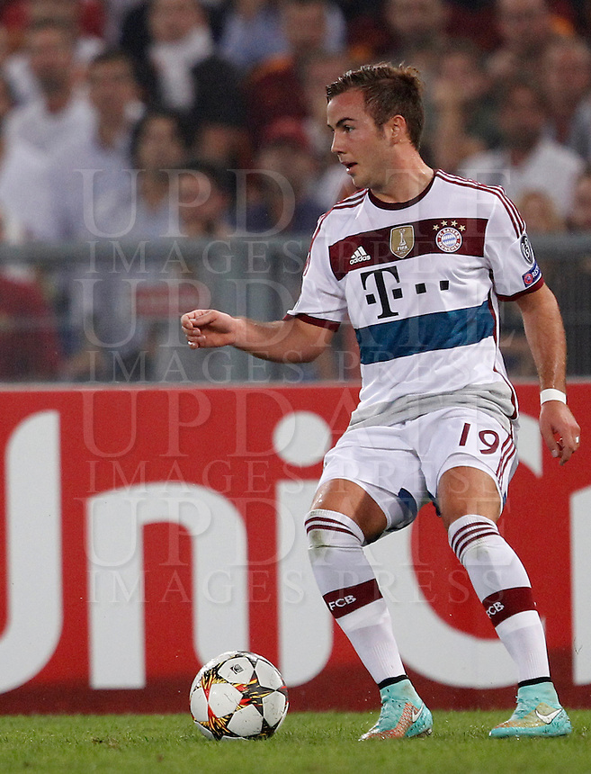 Calcio, Champions League, Gruppo E: Roma vs Bayern Monaco. Roma, stadio Olimpico, 21 ottobre 2014.<br /> Bayern&rsquo;s Mario Goetze in action during the Group E Champions League football match between AS Roma and Bayern at Rome's Olympic stadium, 21 October 2014.<br /> UPDATE IMAGES PRESS/Isabella Bonotto