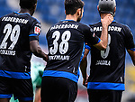 Torjubel nach dem 1-1: Jamilu Collins (SC Paderborn), Sebastian Vasiliadis (SC Paderborn) und Klaus Gjasula (SC Paderborn).<br />