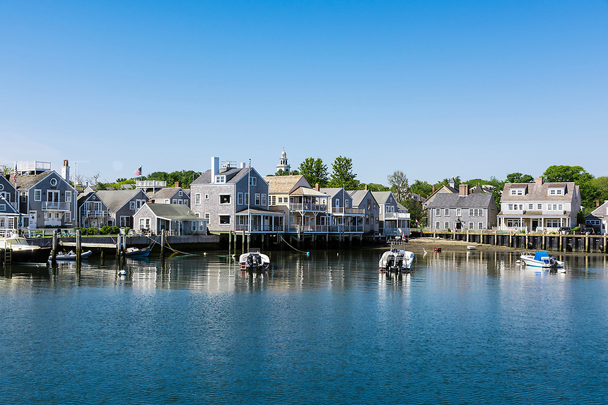 Harbor cottages, Nantucket, Massachusetts, USA.