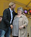 Fussball, Bundesliga 2010/2011: Meistertrainer Juergen Klopp zu Besuch in seinem Heimatort Glatten