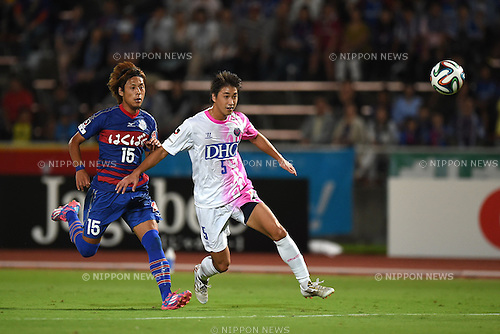 Akito Kawamoto (Ventforet), Tatsuya Sakai (Sagan),<br /> SEPTEMBER 13, 2014 - Football / Soccer :<br /> 2014 J.League Division 1 match between Ventforet Kofu 1-0 Sagan Tosu at Yamanashi Chuo Bank Stadium in Yamanashi, Japan. (Photo by AFLO)