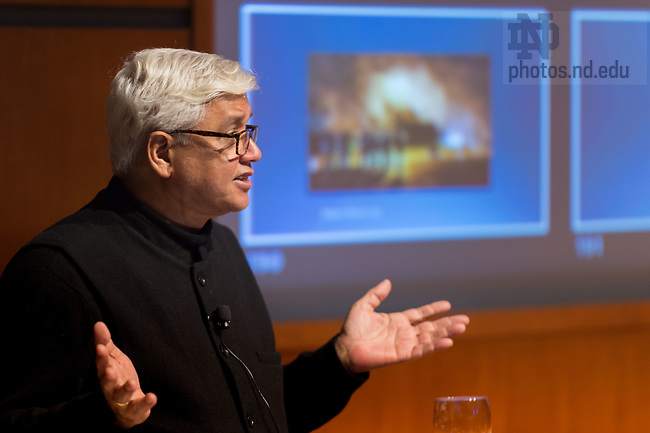 April 4, 2017; Indian novelist Amitav Ghosh gives the 23rd Annual Hesburgh Lecture in Ethics and Public Policy in the Jordan Auditorium. (Photo by Matt Cashore/University of Notre Dame)