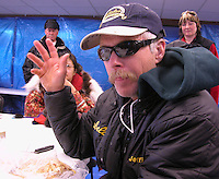 Jon Little.Jeff King gestures while talking to about five reporters and some spectators inside the Koyuk checkpoint, March 13, 2006
