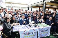 Luigi Di Maio, Matteo Brambilla e Roberto Fico durante la presentazione dei candidati al consiglio comunale di Napoli del movimento cinque stelle