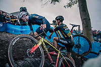 Tom Pidcock (GBR) having some trouble conquering the tires<br /> <br /> men's race<br /> Soudal Jaarmarktcross Niel 2018 (BEL)