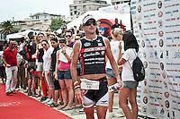 PESCARA (PE) 10/06/2012 - IRON MAN ITALY 70.3 ITALY. NELLA FOTO L'ARRIVO DEL TERZO PAUL AMEY. FOTO DI LORETO ADAMO