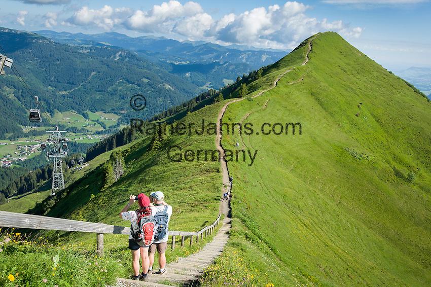 Austria, Vorarlberg, Kleinwalsertal, Riezlern: a short hike from Kanzelwand upper station at 1.956 m to view point Rote Wand at 1.956 m   Oesterreich, Vorarlberg, Kleinwalsertal, oberhalb Riezlern: von der Kanzelwandbahn Bergstation auf 1.956 m ist es nur ein kurzer Fussweg zum Aussichtspunkt Rote Wand 1.965 m