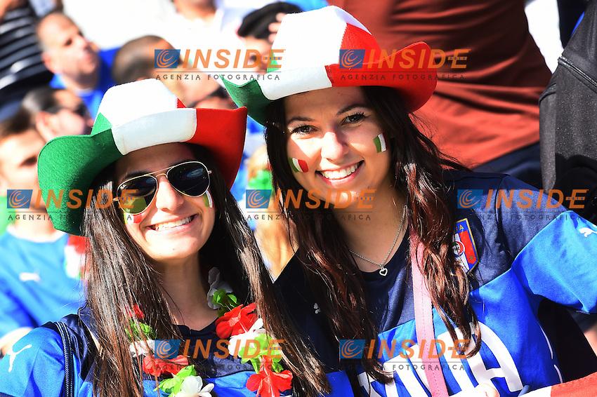 Tifose Italia Fans Italy Supporters <br /> Paris 27-06-2016 Stade Saint Denis <br /> Football Euro2016 Italy - Spain / Italia - Spagna Round of 16 / Ottavi di finale<br /> Foto Massimo Insabato / Insidefoto