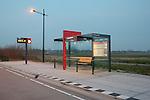 Nieuw Vennep, 21 maart 2011<br /> Zuidtangent, halte Getsewoud P+R<br /> Abri met verlichting Philips<br /> Foto Felix Kalkman