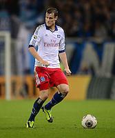 FUSSBALL   DFB POKAL   SAISON 2013/2014   2. HAUPTRUNDE Hamburger SV - SpVgg Greuther Fuerth                 24.09.2013 Marcell Jansen (Hamburger SV)   am Ball