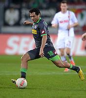 FUSSBALL   1. BUNDESLIGA  SAISON 2012/2013   13. Spieltag FC Augsburg - Borussia Moenchengladbach           25.11.2012 Juan Arango (Borussia Moenchengladbach)