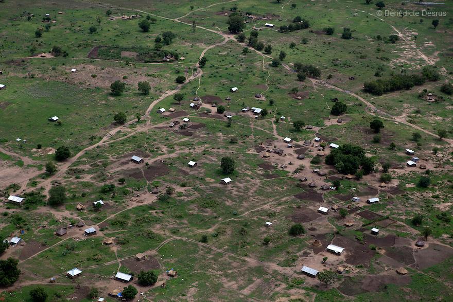 7 may 2010 - Western Equatoria, South Sudan - Aerial View of African village near Juba, South Sudan. Photo credit: Benedicte Desrus
