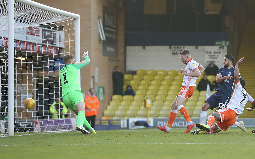 Blackpool's Oliver Turton scores his side's first goal  <br /> <br /> Photographer Rob Newell/CameraSport<br /> <br /> The EFL Sky Bet League One - Southend United v Blackpool - Saturday 17th November 2018 - Roots Hall - Southend<br /> <br /> World Copyright © 2018 CameraSport. All rights reserved. 43 Linden Ave. Countesthorpe. Leicester. England. LE8 5PG - Tel: +44 (0) 116 277 4147 - admin@camerasport.com - www.camerasport.com