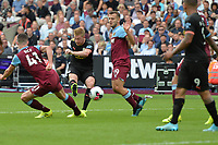 Kevin De Bruyne of Manchester City shoots wide during West Ham United vs Manchester City, Premier League Football at The London Stadium on 10th August 2019