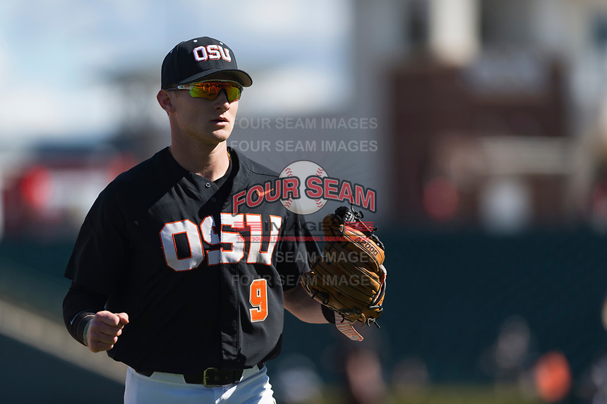 Oregon State Beavers second baseman Andy Armstrong (9) during a game against the Gonzaga Bulldogs on February 16, 2019 at Surprise Stadium in Surprise, Arizona. Oregon State defeated Gonzaga 9-3. (Zachary Lucy/Four Seam Images)