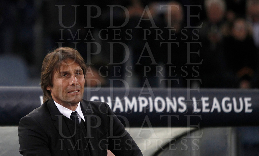 Football Soccer: UEFA Champions League AS Roma vs Chelsea Stadio Olimpico Rome, Italy, October 31, 2017. <br /> Chelsea's coach Antonio Conte waits for the start of the the Uefa Champions League football soccer match between AS Roma and Chelsea at Rome's Olympic stadium, October 31, 2017.<br /> UPDATE IMAGES PRESS/Isabella Bonotto