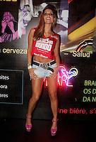 SAO PAULO, SP, 25 DE FEVEREIRO 2012 - CAMAROTE BAR BRAHMA - A ex BBB Flavia Viana e vista no Camarote Bar Brahma, na noite do Desfile das Campeas do Carnaval de Sao Paulo, na noite madrugada deste sabado, 25, no Sambodromo do Anhembi regiao norte da capital paulista. (FOTO: MILENE CARDOSO - BRAZIL PHOTO PRESS).