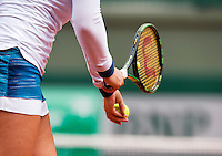 France, Paris , May 26, 2015, Tennis, Roland Garros, Hand and racket<br /> Photo: Tennisimages/Henk Koster