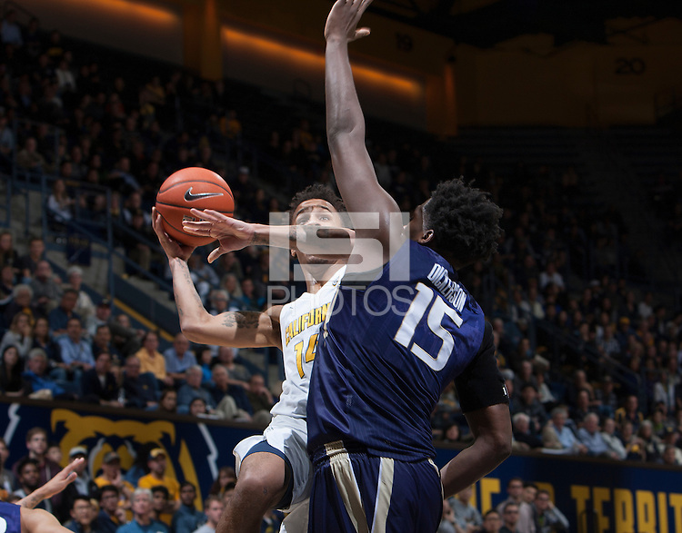 Berkeley, CA - January 12th, 2017:  CAL Men's Basketball's 69-59 victory against Washington at Haas Pavilion.