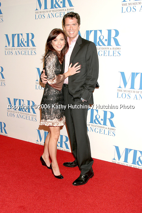 Alyson Hannigan & Alexis Denisof.Museum of TV & Radio Annual Gala IHO Les Moonves and Jerry Bruckheimer.Regent Beverly Wilshire Hotel.Beverly Hills, CA.October 30, 2006.©2006 Kathy Hutchins / Hutchins Photo....