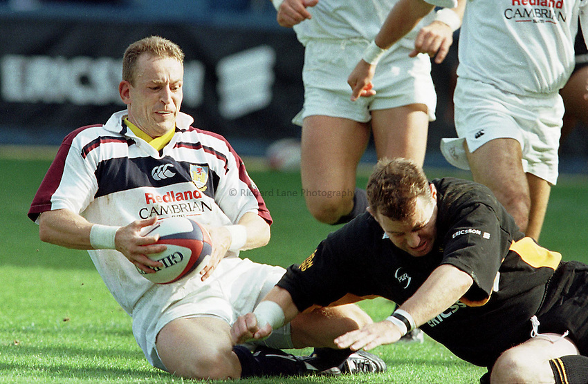 Photo: Ken Brown.13/9/98 Wasps v Swansea.Andrew Booth