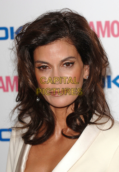 TERI HATCHER.The Glamour magazine 3rd Annual Women Of The Year Awards, Berkley Sqaure, London, England..June 6th, 2006.Ref: BEL.headshot portrait.www.capitalpictures.com.sales@capitalpictures.com.© Capital Pictures.