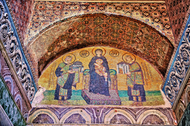 The Virgin Mary between Emperor  Justinian to the left presenting a model of the Hagia Sophia and Emperor Constantine presenting a model of Constantinople.  Hagia Sophia, Istanbul, Turkey