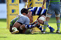 Charlie Ewels of Bath Rugby scores a try in the second half. Aviva Premiership match, between Bath Rugby and Newcastle Falcons on September 23, 2017 at the Recreation Ground in Bath, England. Photo by: Patrick Khachfe / Onside Images