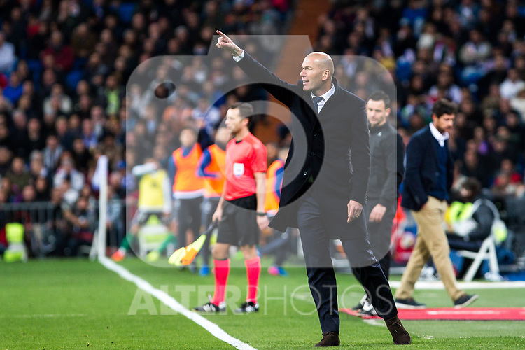 Zinedine Zidane coach  of Real Madrid shouts instructions from the sideline during the match of Spanish La Liga between Real Madrid and Real Betis at  Santiago Bernabeu Stadium in Madrid, Spain. March 12, 2017. (ALTERPHOTOS / Rodrigo Jimenez)