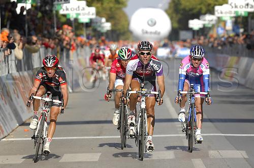 15th October 2009: Giro del Piemonte, Silence - Lotto, Caisse d'Epargne, Lampre - Ngc, Gilbert Philippe, Moreno Daniel, Gavazzi Francesco, Fossano. Photo: Stefano Sirotti/ActionPlus.