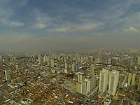 SAO PAULO, SP, 20/09/2013, CLIMA TEMPO. A sexta-feira (20) está com céu parcialmente nublado, fotos aereas fita sobre o bairro da Mooca. LUIZ GUARNIERI/ BRAZIL PHOTO PRESS.