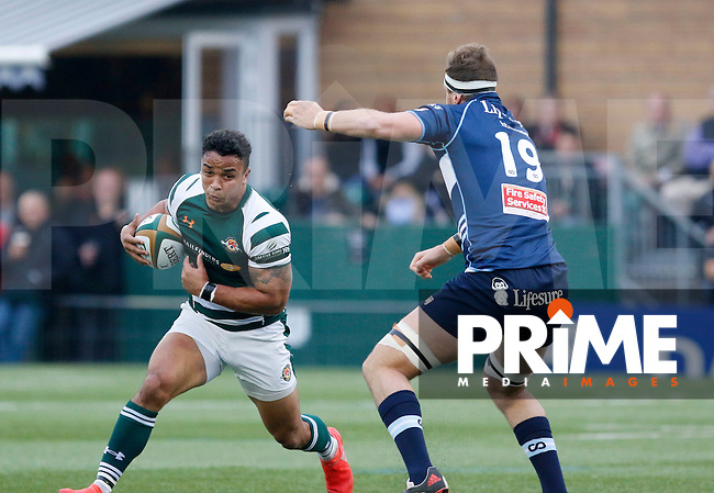 Ealing's Curtis Wilson takes on Bedford's Byron Hodge during the Greene King IPA Championship match between Ealing Trailfinders and Bedford Blues at Castle Bar , West Ealing , England  on 29 October 2016. Photo by Carlton Myrie / PRiME Media